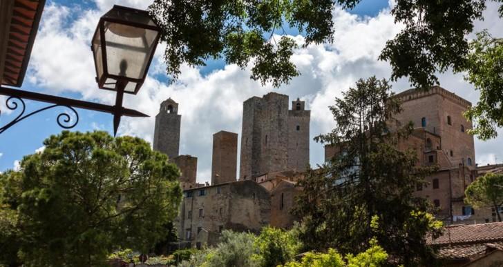 #UnconventionalSangi Da Porta San Giovanni a Sant'Agostino tra campagna e mura medievali