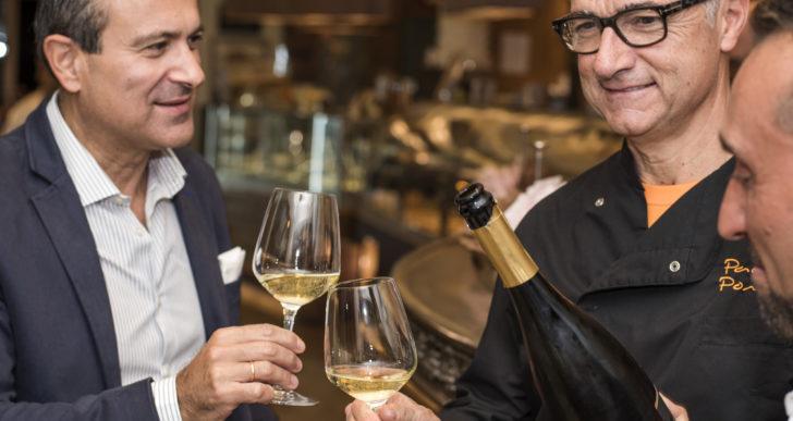Gelato a base di formaggio erborinato abbinato ai vini Podere La Regola